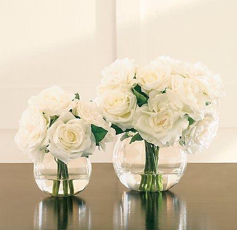 Białe róże